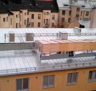 Plekk-katuse-ehitus