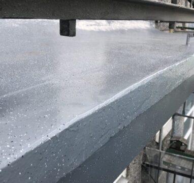 Kortermaja renoveeritud rõdu betoonplaat vedelplast hüdroisolatsiooniga